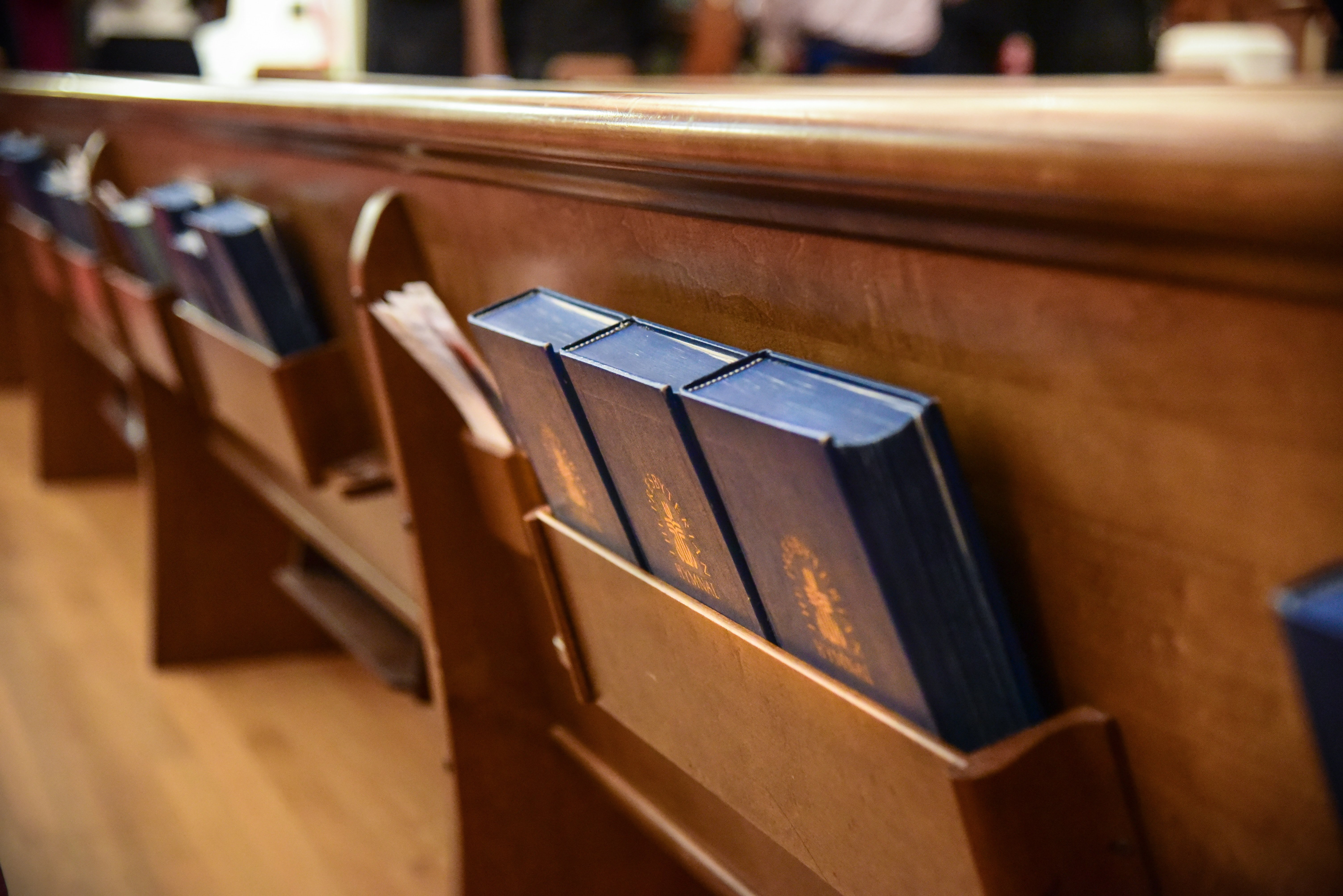 The Top Ten List of Easy Hymns for Beginning Hymn Players